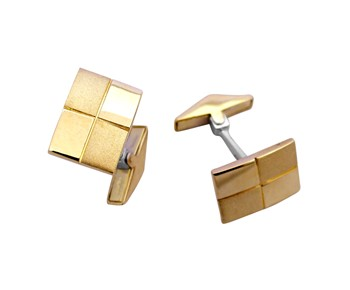 Gold cufflinks in 14K